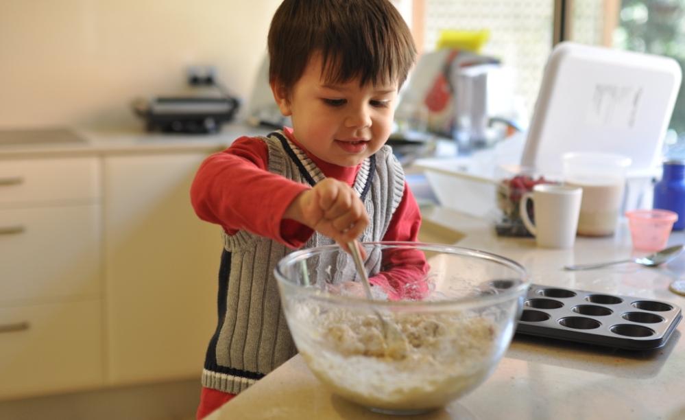 Μαγειρική με το παιδί: 5 σημεία να προσέξεις