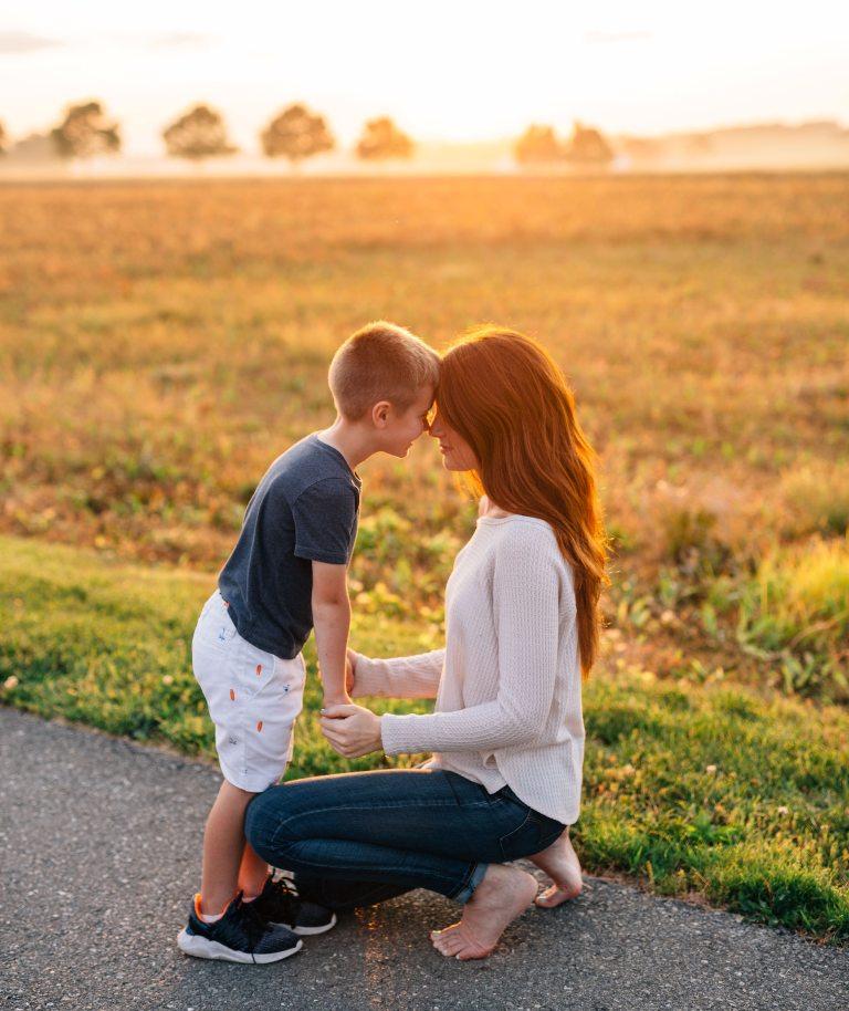 Ο γιος μου πιστεύει πως είμαι πολύ γενναία, πώς μπορώ να του πω ότι δεν είμαι;